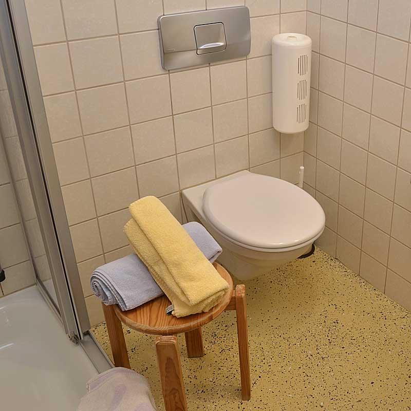 Bad vom Doppelzimmer mit Dusche / WC, Gästehaus Ehmer, Neustadt / Weinstr.